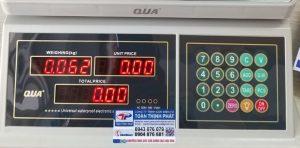 cân điện tử QUA 832 20KG